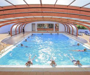 piscine couverte camping île de ré